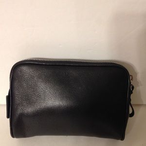 👛 COACH 👛 black cosmetic leather case